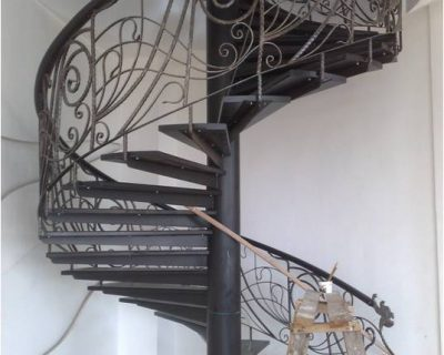 FEATURE_STAIR_1